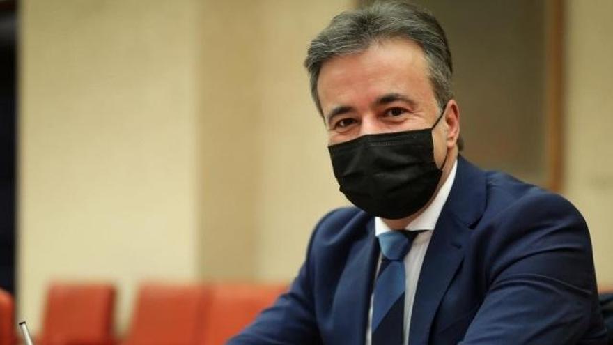 """Un diputado del PP le dice a Díaz que en Podemos """"las mujeres sólo suben si se agarran a una coleta"""""""