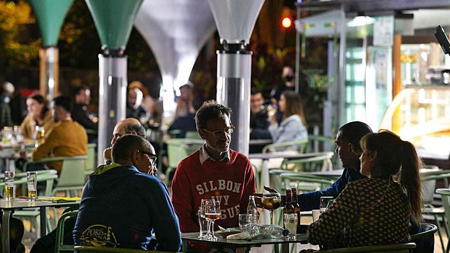 Canarias afronta su primer fin de semana en 5 meses sin toque de queda