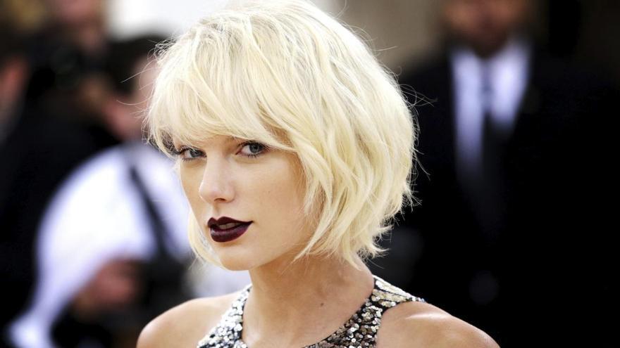 """Taylor Swift, contra Donald Trump: """"Te echaremos en noviembre"""""""