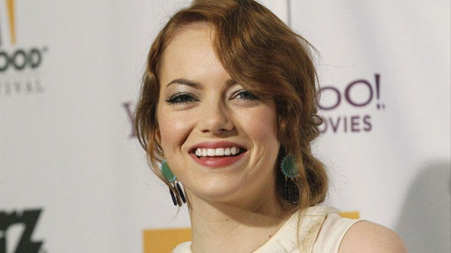 Emma Stone, irreconocible caracterizada como Cruella de Vil