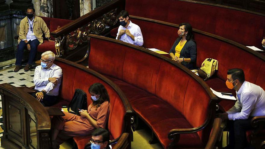 El PP fracasa en su intento de dividir al gobierno municipal  en el pleno de los remanentes