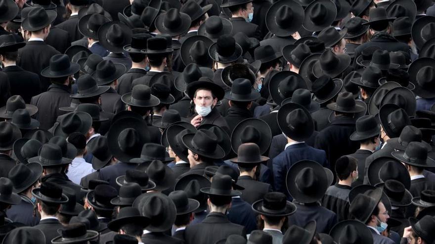 Los ultraortodoxos desafían al Gobierno israelí para despedir a un rabino