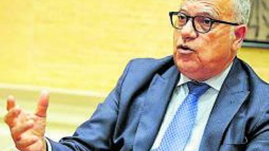 Casimiro Curbelo: «Me gustaría una mayor influencia ante el Gobierno de España»