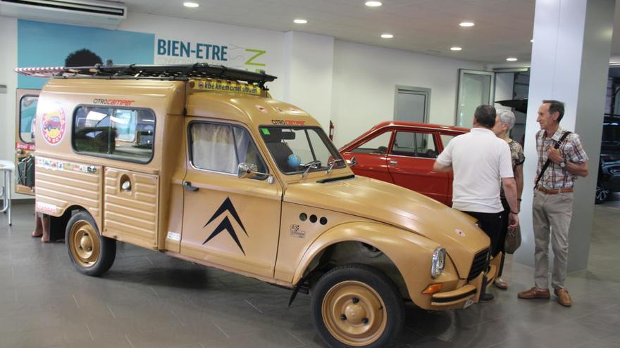 Tradició i modernitat en la festa de celebració del centenari Citroën d'Interfren