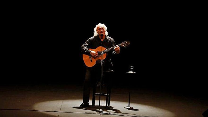 Amancio Prada repasa a los clásicos nacionales en Zamora