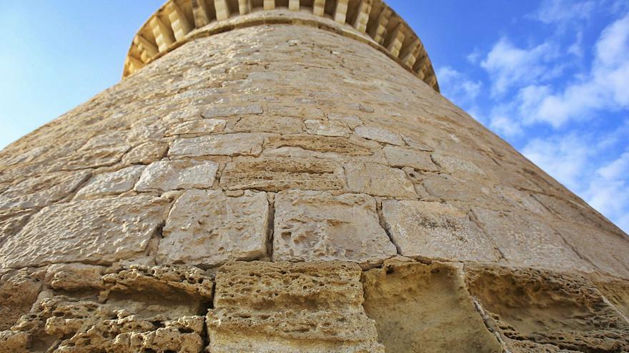 El Campello restaurará la Torre de la Illeta tras revelar un estudio su deterioro