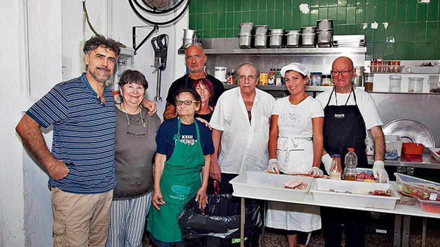 Auf ein Frühstück mit den Obdachlosen auf Mallorca