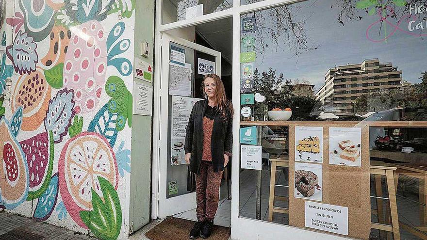 Beverley Pugh: «Sin pagar impuestos podría mantener el restaurante abierto»