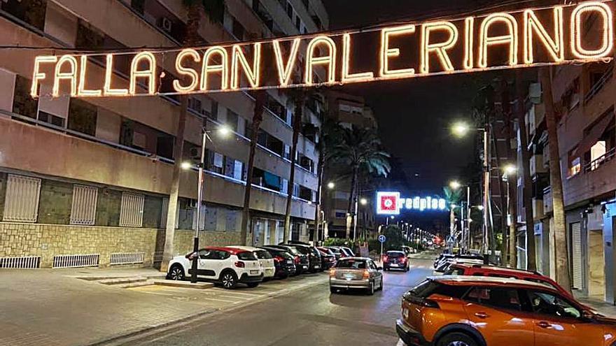 Sant Valerià de Torrent enciende la iluminación de las Fallas 2021