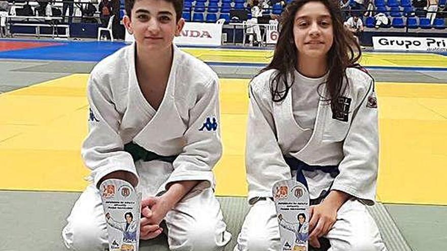 Dos podios del UDC en Alicante