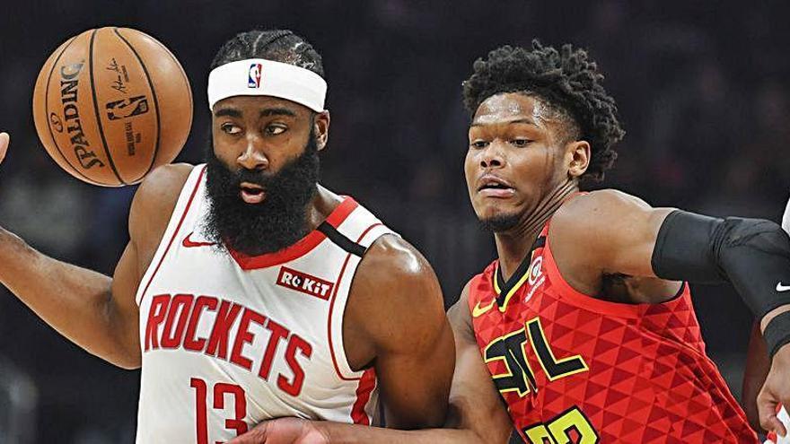 Los Rockets traspasan a Harden a los Nets