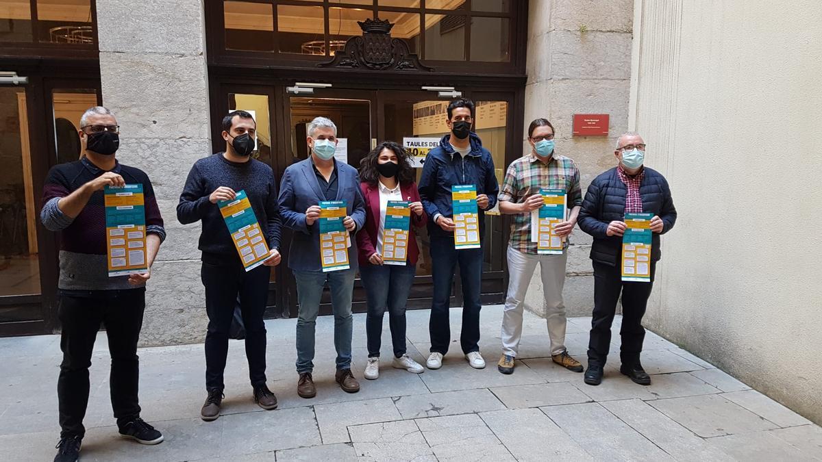 Representants de la comissió d'absentisme a la ciutat de Girona, avui a l'Ajuntament.