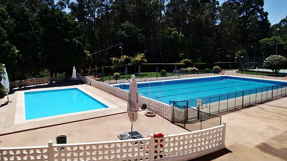 Las piscinas del Recreo Cultural, ya listas para estrenar el viernes la temporada de baño.