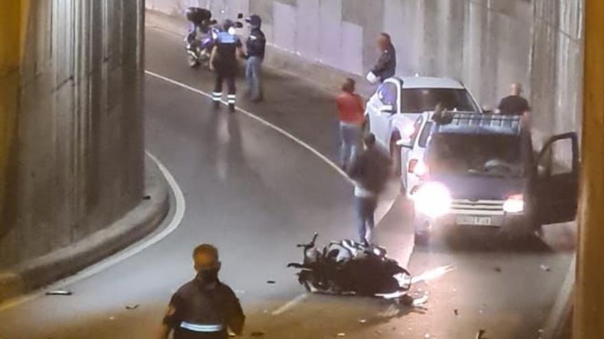 Un kamikaze atropella a un motorista en el interior del túnel de Bravo Murillo (13/06/21)
