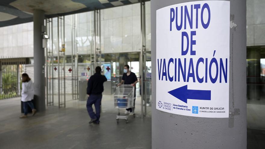 Más de 80 sociedades científicas piden a los políticos que no paren de vacunar