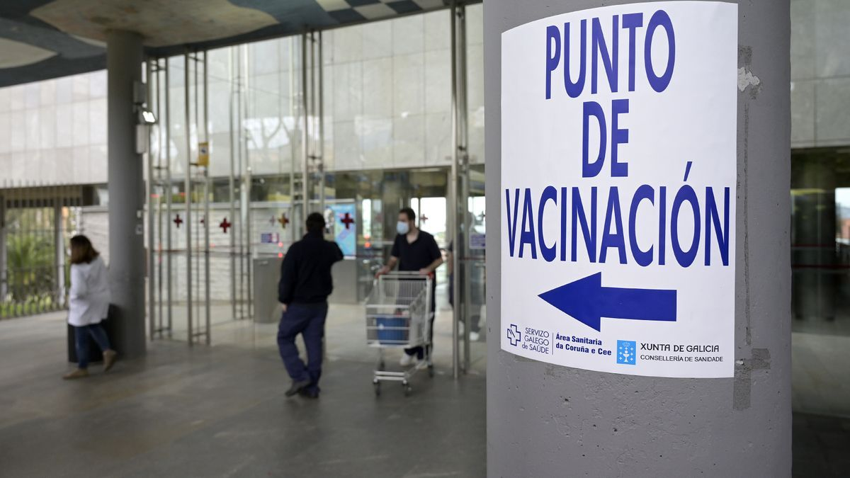 Vaccination point in A Coruña.