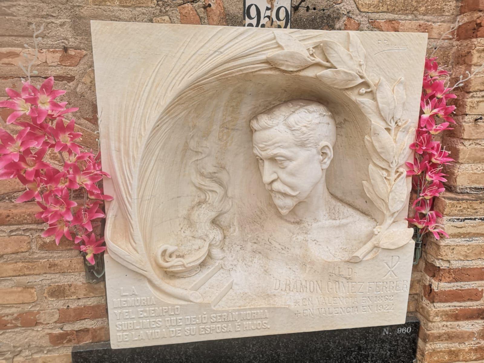 Valencianos ilustres en el Cementerio General