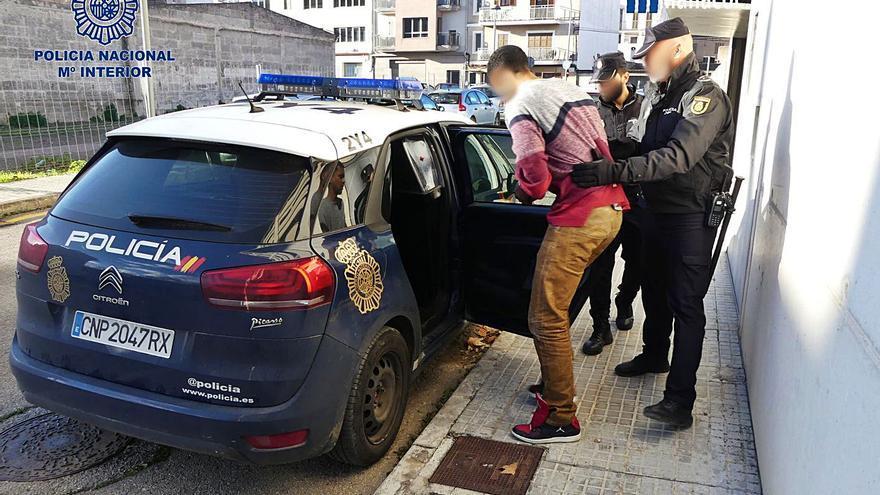 El demonio de Manacor acumula 17 detenciones y varias condenas por violentos atracos con armas