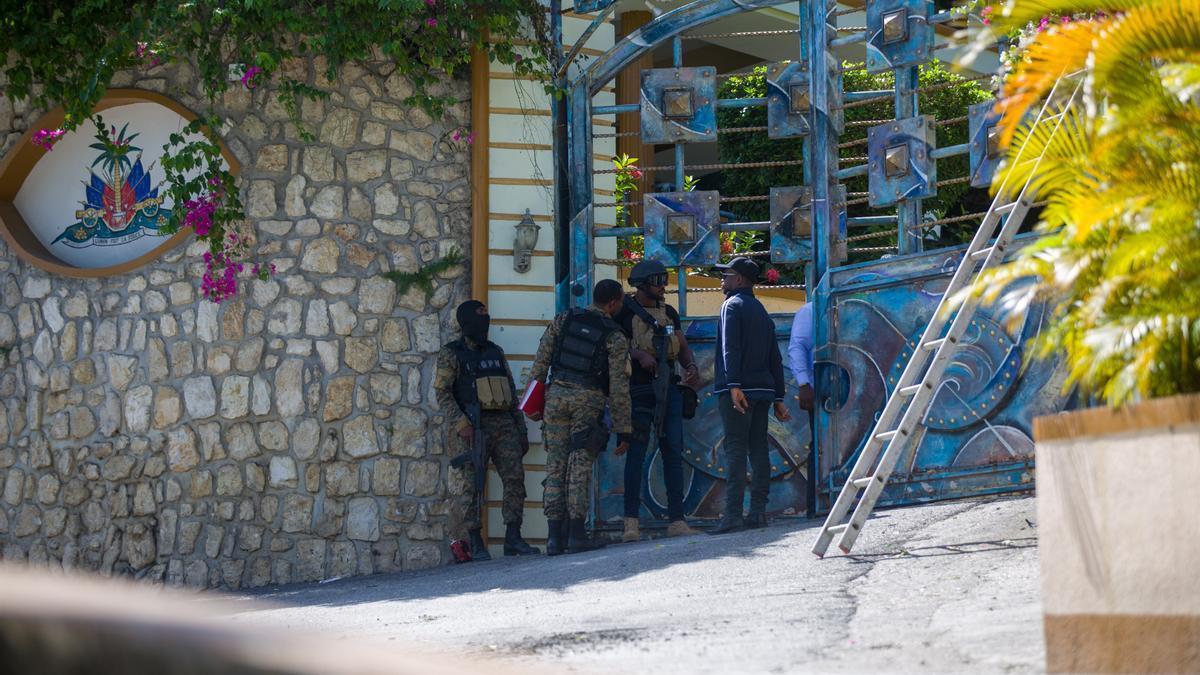 Entrada de la residencia del presidente de Haití, Jovenel Moise.