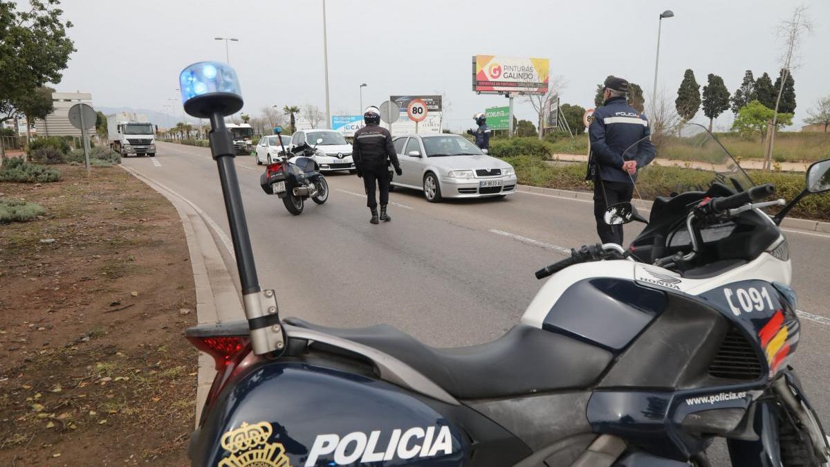 Más vigilancia policial en Castellón para evitar las fiestas ilegales en Fin de Año