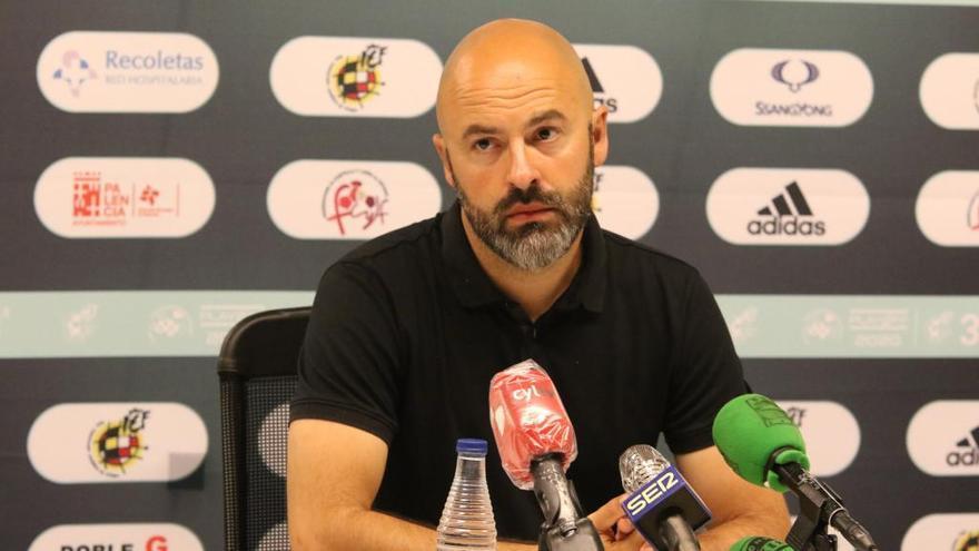 """David Movilla: """"Estamos en una fase prematura para que se vea lo que va a ser el Zamora CF"""""""