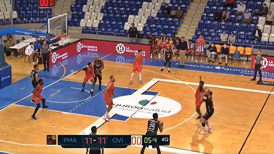 Polémico final del Palma-Oviedo Baloncesto: El vídeo del partido demuestra que la personal señalada en la jugada que sentenció al OCB, que no se pudo revisar, fue fuera de tiempo