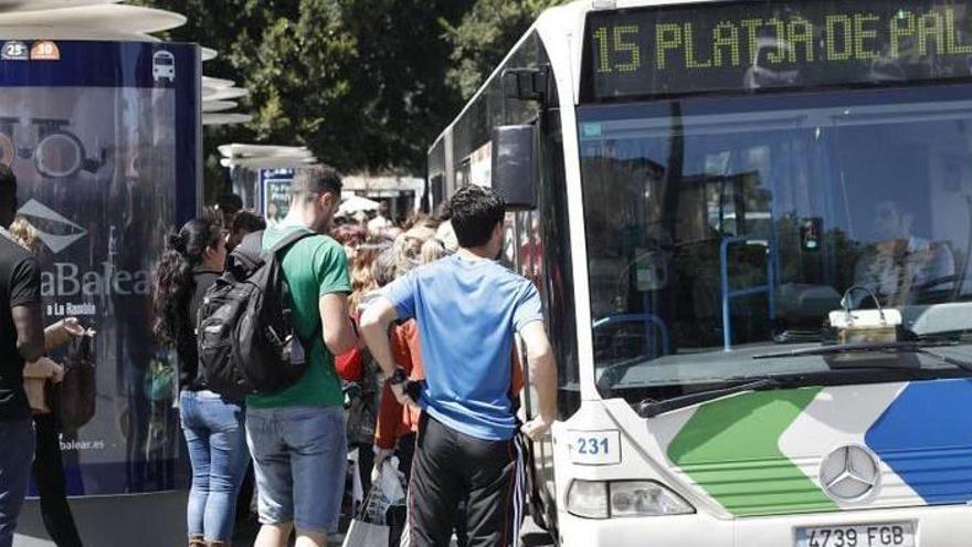 Mehr Busse von Palma zum Flughafen und an die Playa