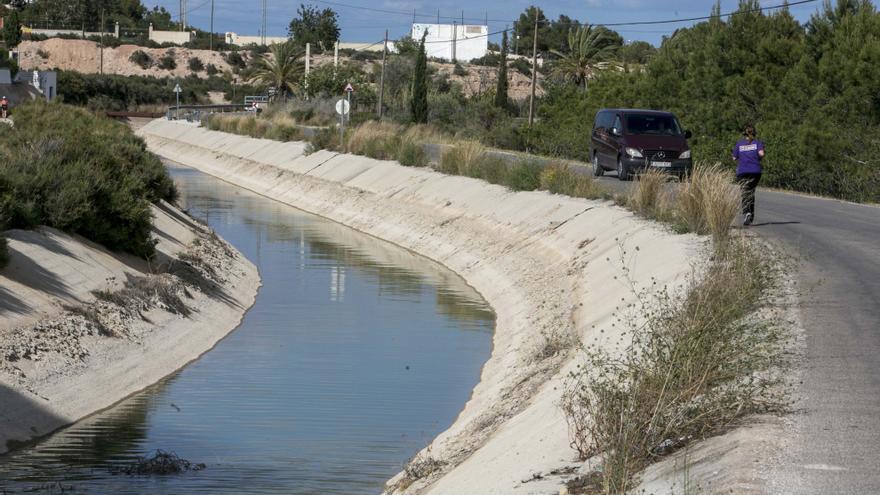 Asaja-Alicante denuncia que el Gobierno vulnera la ley y promueve la inseguridad hídrica al recortar el Tajo-Segura
