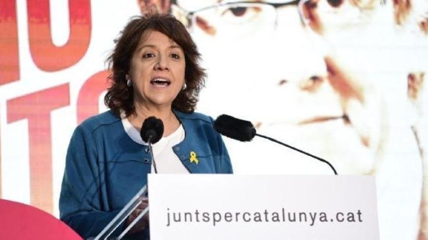 """La alcaldesa de Vic (JxCat) pide no hablar en castellano a quien """"no parezca catalán"""""""