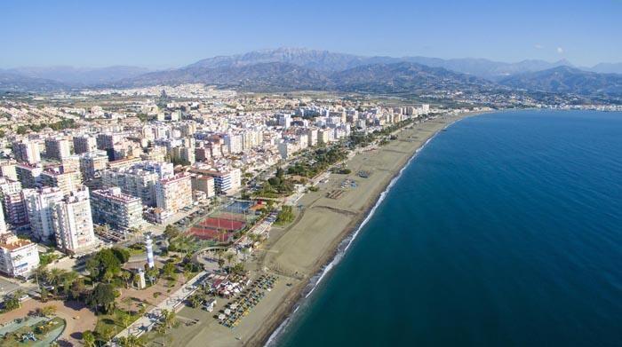 Vista aérea de la playa de Torre del Mar.