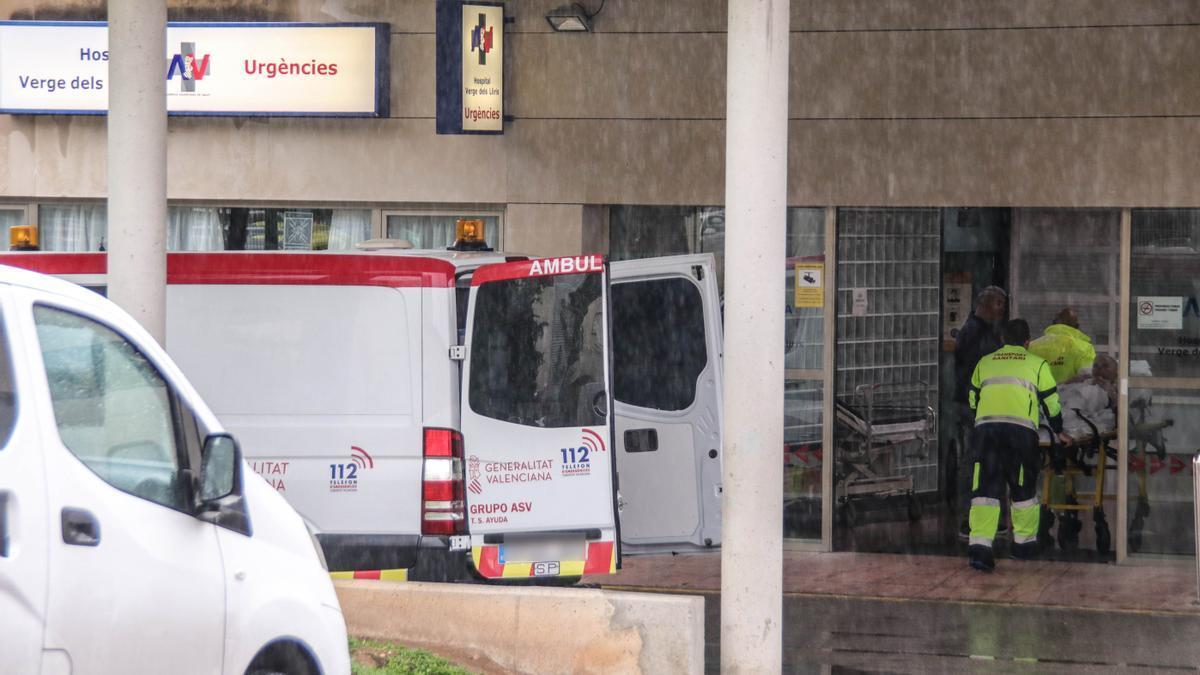 Entrada de Urgencias del Hospital Virgen de los Lirios de Alcoy