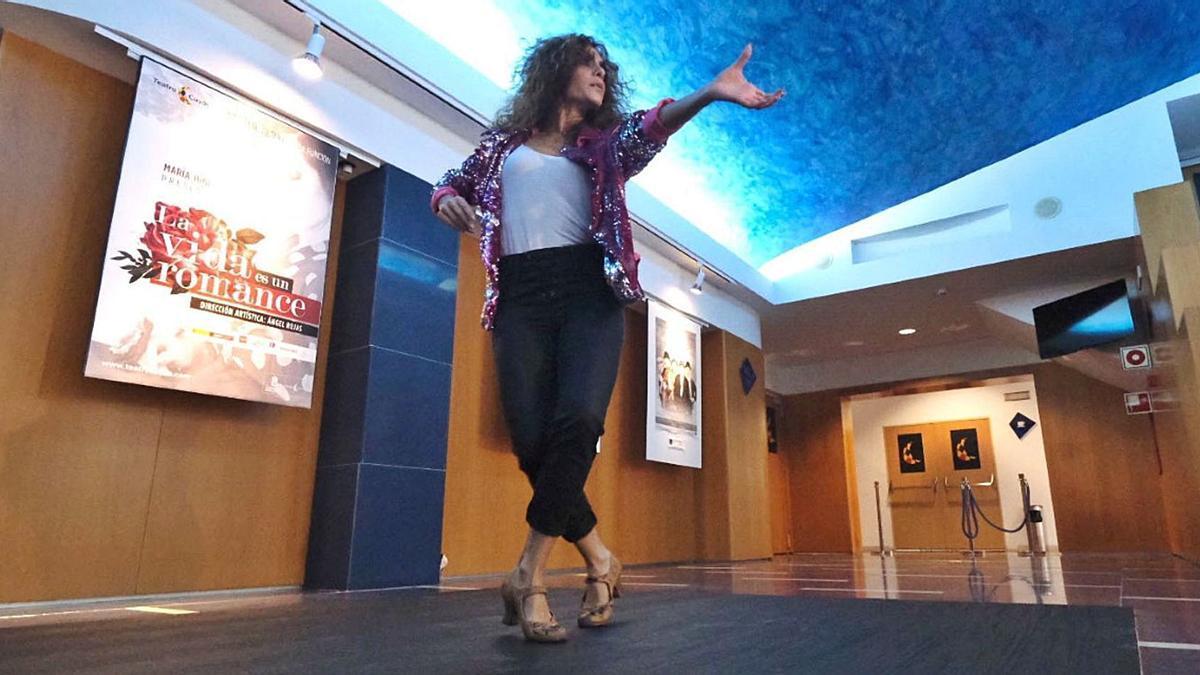 María Juncal bailó en el Teatro Cuyás.     LP/DLP