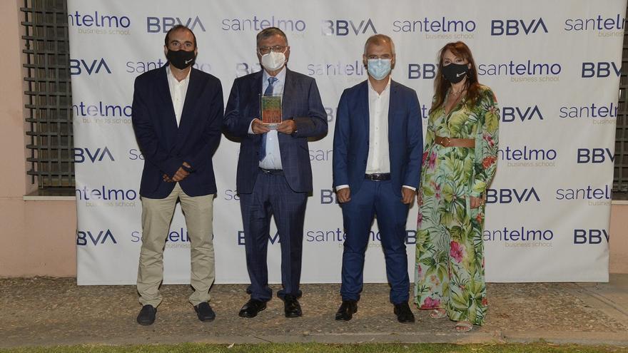 La empresa malagueña Román Windows&Doors recibe el premio Familia-Empresa de la Cátedra BBVA de San Telmo