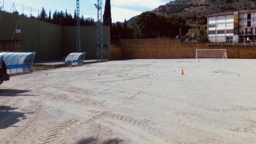L'ajuntament de Solsona adequa el camp de futbol cedit per l'Escola Arrels