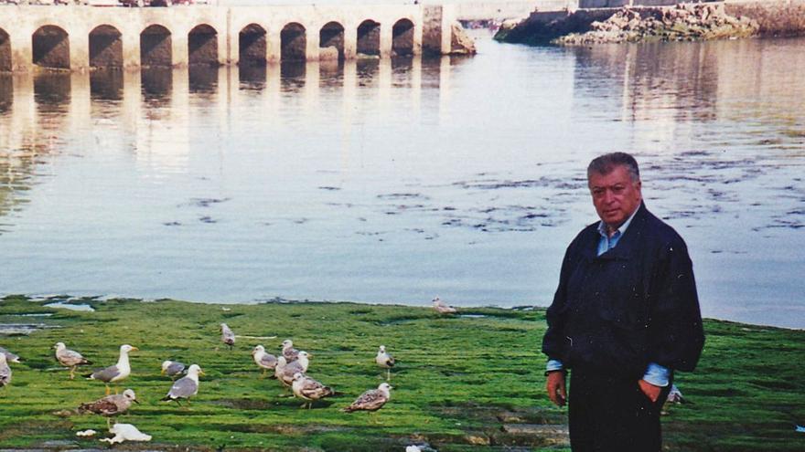 """Muere Tico Medina, el """"infatigable"""" periodista fascinado por Asturias"""
