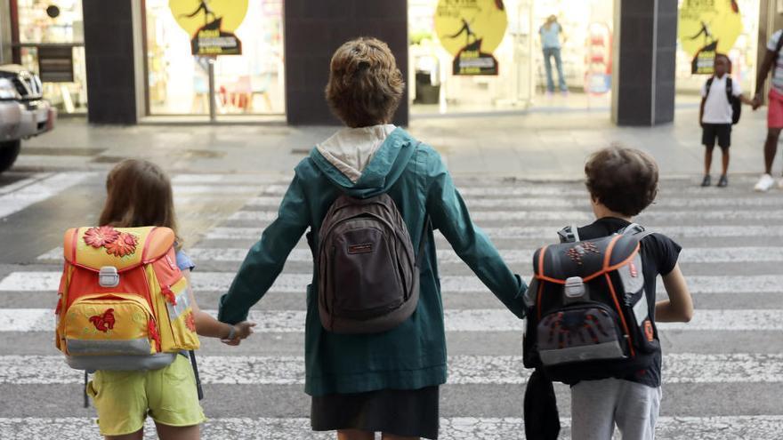 Madres de día frente a la pandemia: Educar en el hogar con grupos de 4 niños