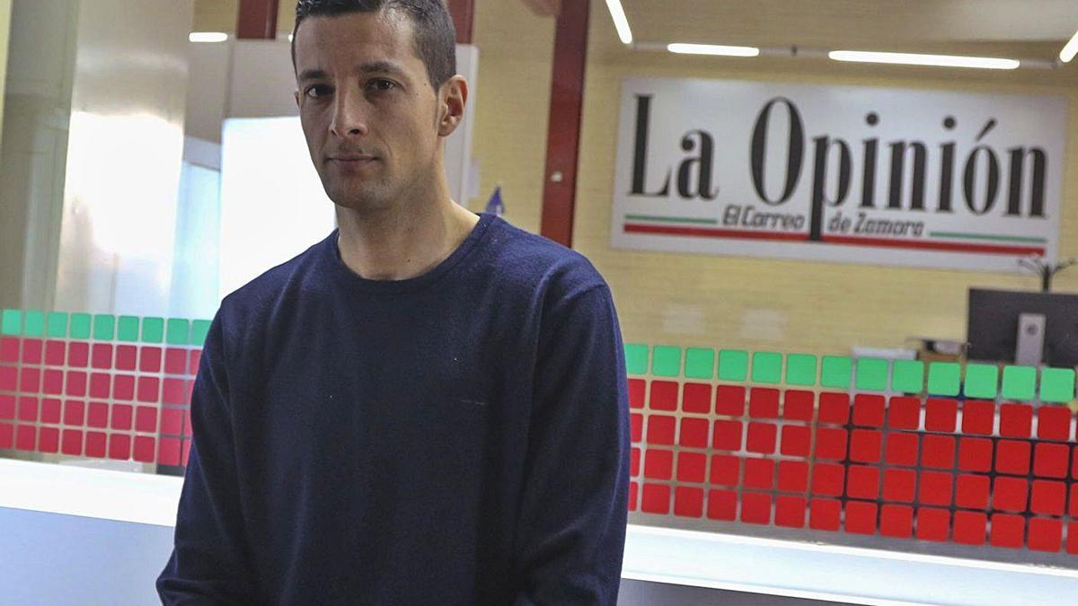 Saulo Hernández, en las instalaciones de La Opinión de Zamora.   J. L. F.