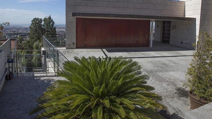 En venta la casa de Barcelona ligada a la trama que salpica al primer ministro búlgaro