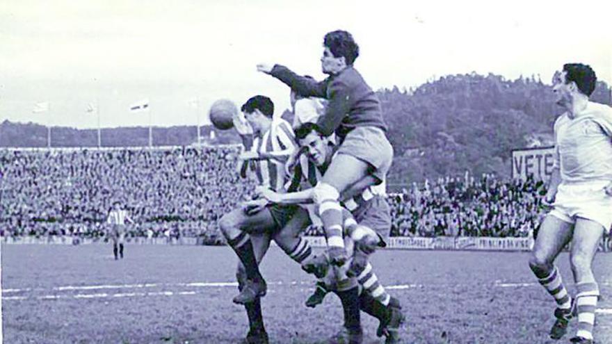 Un Trofeo Zamora, en el aire