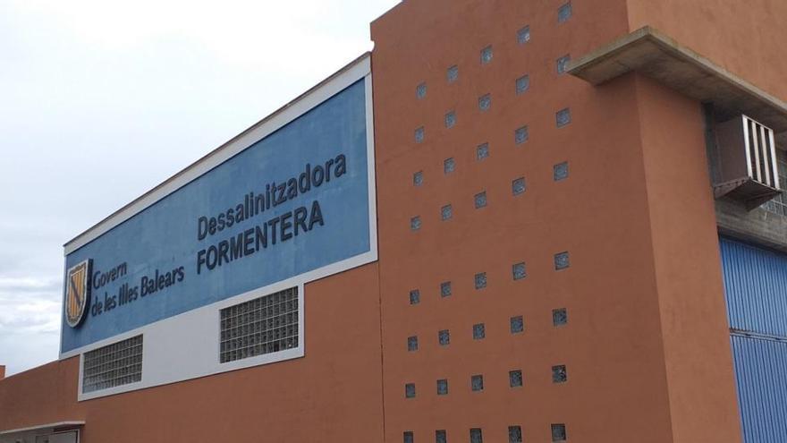 Adjudicada la redacción del proyecto de rehabilitación del depósito de la desaladora de Formentera