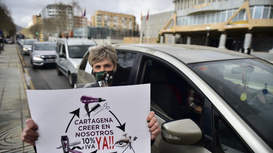 """Los autónomos se manifiestan en Cartagena: """"En vez de ayudarnos nos están asfixiando"""""""
