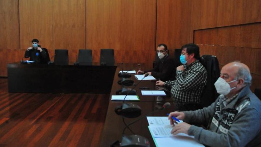 Carlos Iglesias logra el respaldo unánime al plan de inversiones