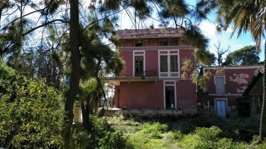 Los nuevos dueños de Palmeretes rehabilitarán la finca por 86.000 euros
