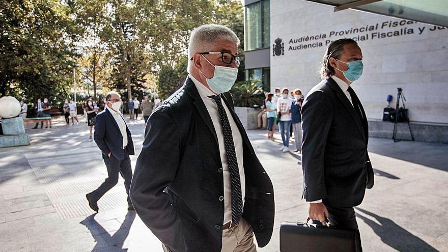 Una decena de excargos de RTVV no aclara quién pactó con Moreno