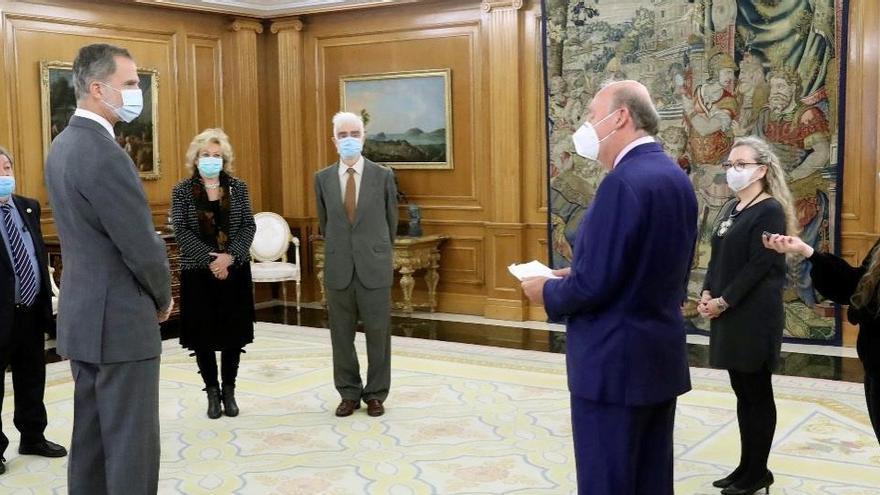 El rey homenajea al Ateneo de Madrid en su bicentenario