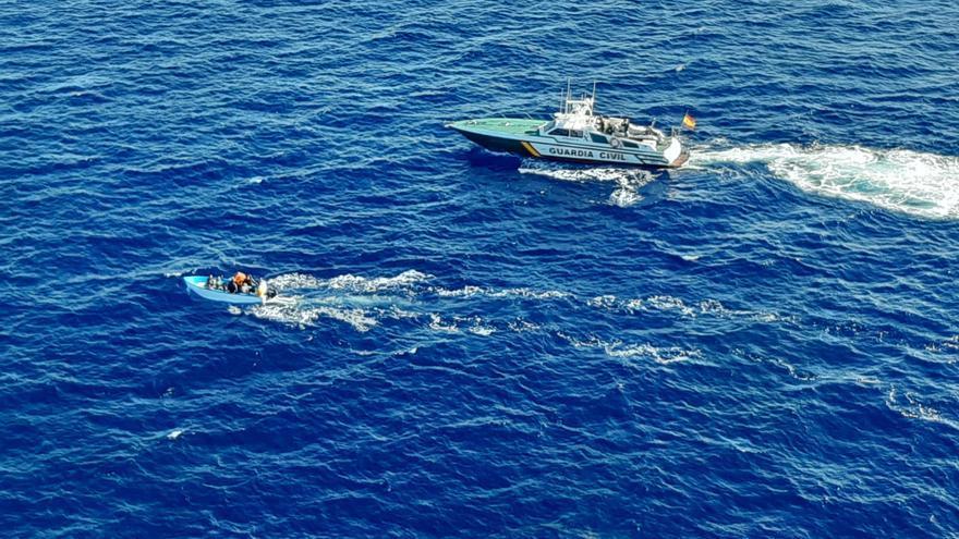 Localizan a 73  migrantes en ocho pateras llegadas al archipiélago