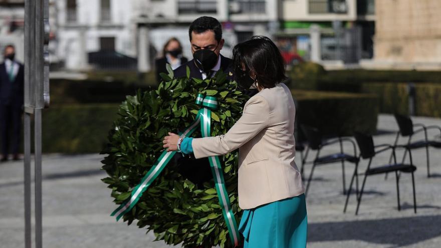 Homenaje a las víctimas del Covid en el acto institucional por el Día de Andalucía en Sevilla