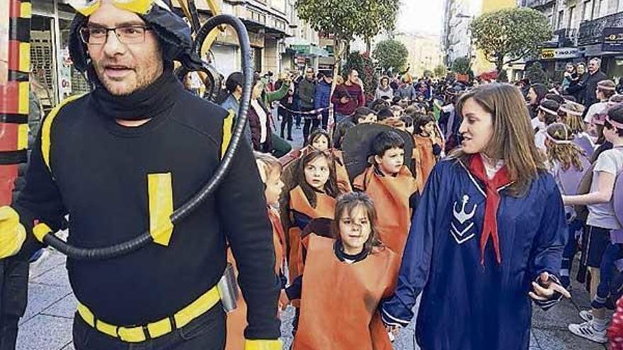 Carnaval reciclado en el Colegio Mariano