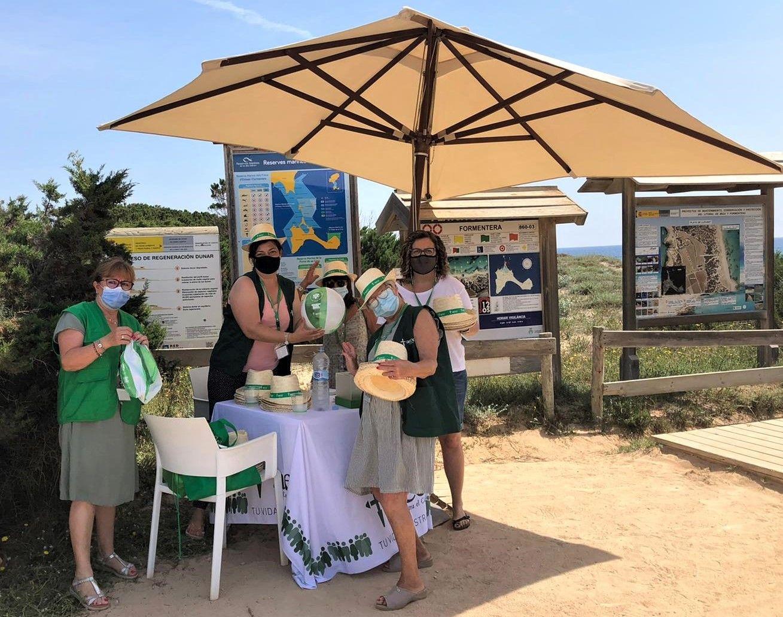AECC pide a ciudadanos usar protector solar y no tomar el sol muchas horas