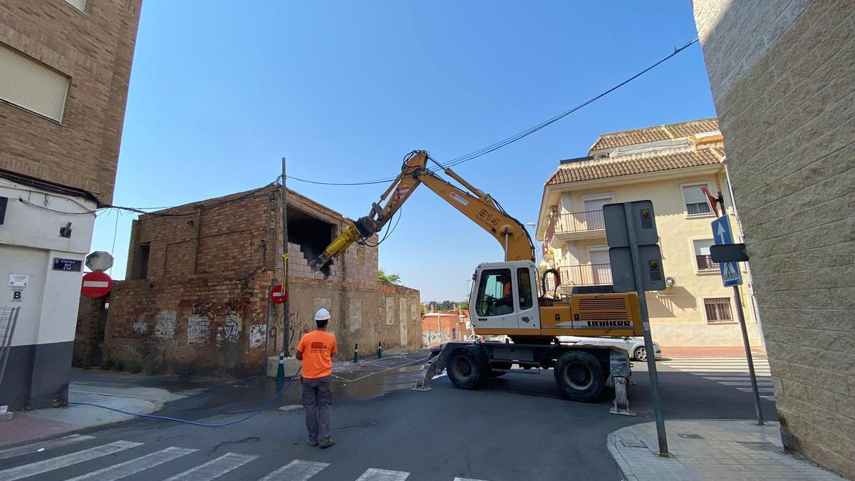 Tareas de demolición este miércoles